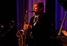 «Праздничная Мистерия» - Пасхальный Гала-концерт в стиле симфоджаз | На фото: Лембит Саарсалу