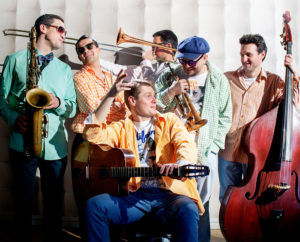 «Санта Барбара» в стиле свинг от Sweet Hot Jazz Band